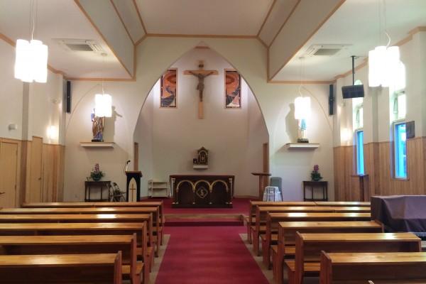真手ノ浦教会のステンドグラス (7)調整